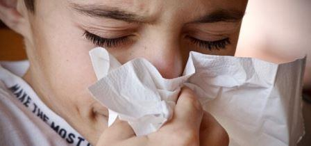 child facing cold and cough