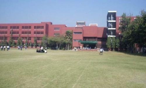 Montfort Public School0