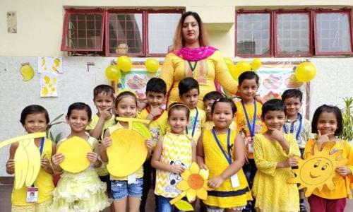 Yash Memorial School Sector 58 Noida