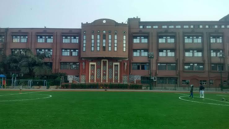 Shaheed Rajpal DAV PublicTop schools in east Delhi