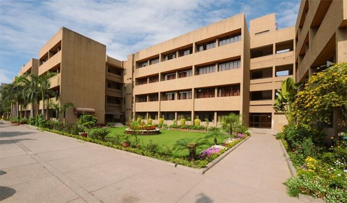 Somerville school Top Schools in East Delhi