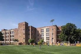 American Embassy SchoolTop School in Central Delhi