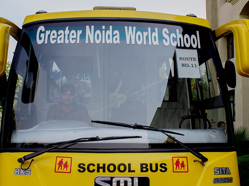 greater noida world school bus